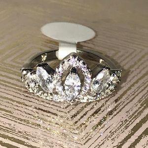 """👑💍 """"Royal"""" Ring 💍👑"""